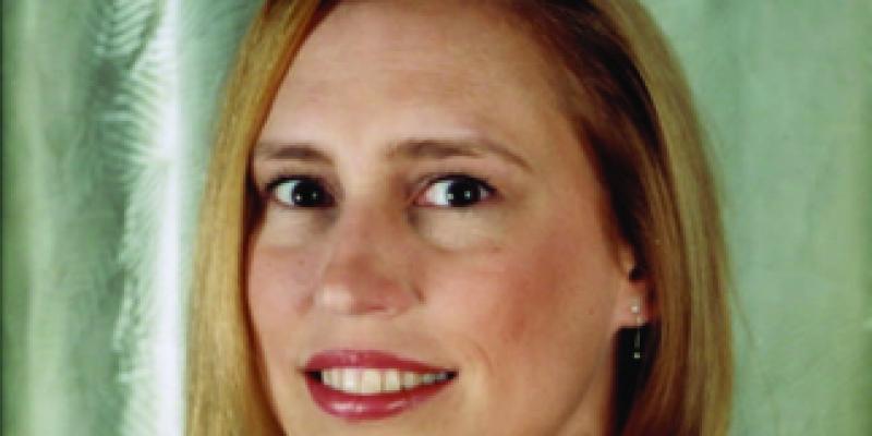 Gwendolyn Toth